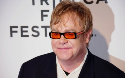 {Elton John}