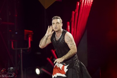{Robbie Williams}